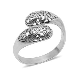Jewelry - NEW Size 8 925 Sterling Silver Ring (4.006 grams)